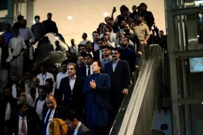 Pakistan PM Imran Khan sends a stern message to Indian PM Modi