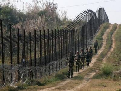 In retaliation, Pakistan Military targets Indian army forward posts