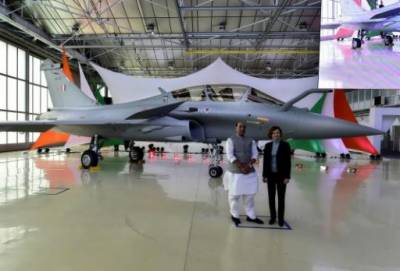 In a big boost for IAF against PAF, India received first state of the art Rafale fighter jet from France