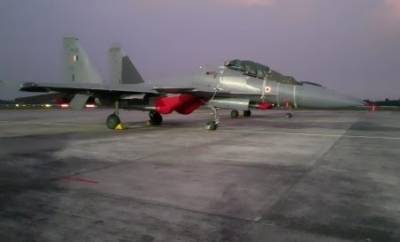 Indian Air Force launched military exercise near border with Su - 30 MKI fighter jets
