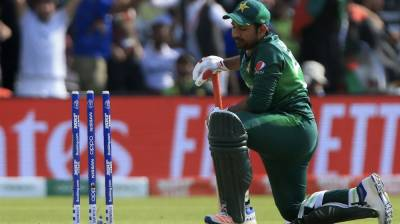 After removal from captaincy, former Skipper Sarfraz Ahmed faces yet another embarrassing setback