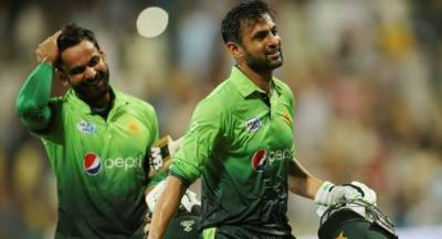 Veteran Pakistani all rounders Mohammad Hafeez and Shoaib Malik shocked over PCB