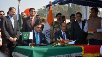 In a historic move, Pakistan and India ink Kartarpur Corridor Project agreement
