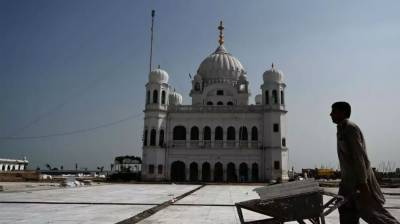 How much income Pakistan would generate from the Kartarpur Corridor project?
