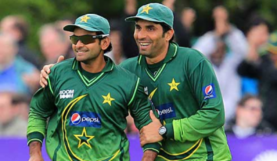 After dropped from the squad, Mohammad Hafeez hits back against PCB head coach Misbahul Haq