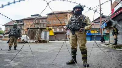 Five Indian labourers killed in Occupied Kashmir by unknown gunmen