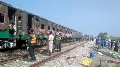 Death toll rises further in Pakistan Railways train deadly accident