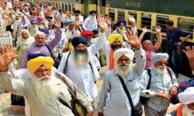 For the first time in history, Sikh Yatrees delegation arrives in Pakistan through Bus from Canada