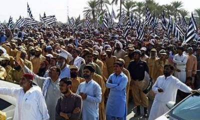 JUI - F Chief Fazalur Rehman Azadi March faces yet another tragedy