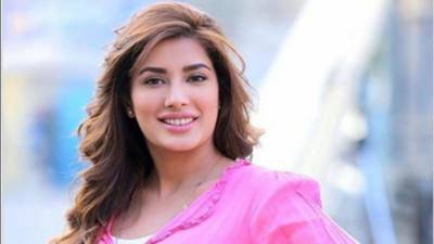 Famous Pakistani actress Mehwish Hayat ignited Indians with her tweet #Kartarpur2Khalistan