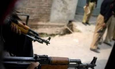 Two Police officials martyred by unknown assailants fire: Report