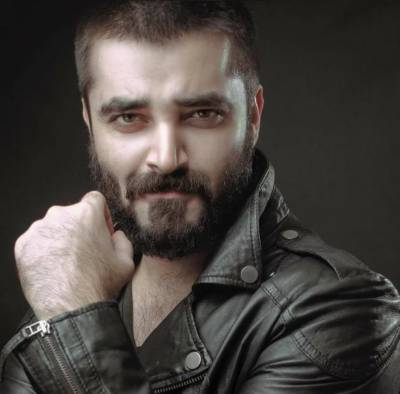 Pakistani Actor Hamza Ali Abbasi stuns all with his important announcement