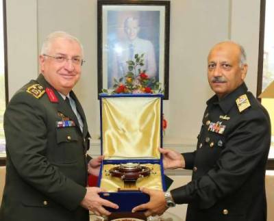 Turkish Military Chief held important meeting with PAKISTAN Navy Chief