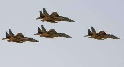 Saudi led military coalition F - 15 fighter jet shot down, claim Yemeni forces