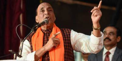 Disgruntled Indian defence minister Rajnath Singh again spits venom against Pakistan