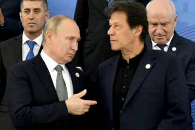 Pakistani PM Imran Khan makes an offer to the Russian President Vladimir Putin