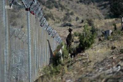 Bomb blast at Afghan border, Pakistan Army One soldier martyred while four injured