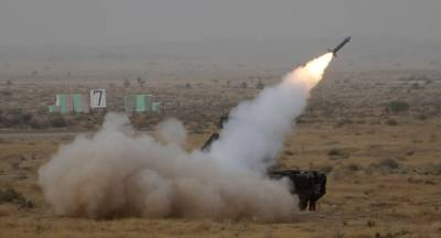 Indian Military deploying missile launchers along Pakistani Borders, may launch attack on Pakistan