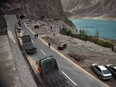 Pakistan seek good news from China on the economic front