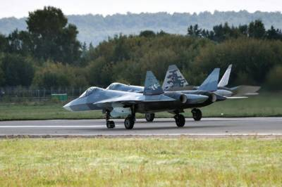 First ever crash of the Russian fifth generation stealth fighter jet Sukhoi Su - 57