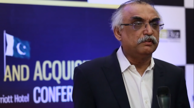 FBR Chief responds over media reports of rift in the government economic team