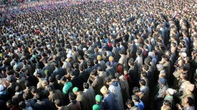 Tens of thousands of Kashmiris defy restrictions to attend funeral prayers of three martyred youth