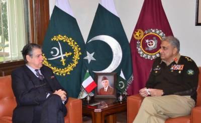 Italian Ambassador held meeting with COAS General Qamar Javed Bajwa at GHQ