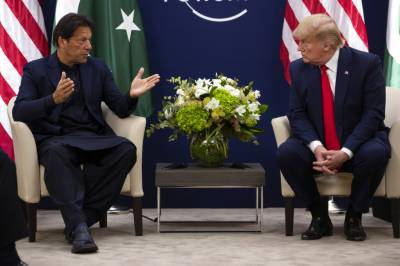 Pakistani PM Imran Khan held important meeting with US President Donald Trump
