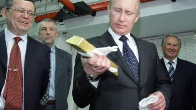 Russia's Vladimir Putin fast ditches US Dollar amid de dolarization drive