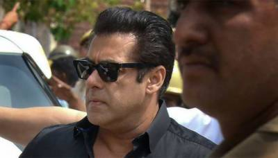 Bollywood star Salman Khan lands into yet another controversy