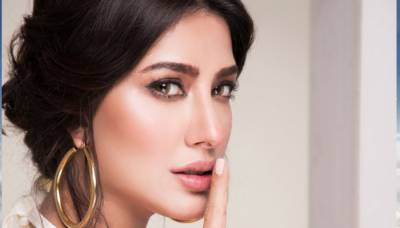 Who recommended actress Mehwish Hayat name for coveted Tamgha e Imtiaz?