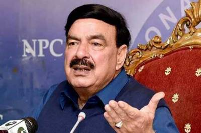 In a surprise, Federal Minister Sheikh Rashid reveals Why people are displeased with PM Imran Khan