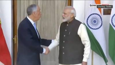 (VIDEO): Indian PM Narendra Modi mocked on social media for his awkward handshake with Portuguese President