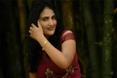 In a sad incident, Indian female singer found dead after allegedly committing suicide