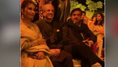 Amid Indo - Pak tensions, Indian Actor turned politician Shatrughan Sinha spotted in Lahore