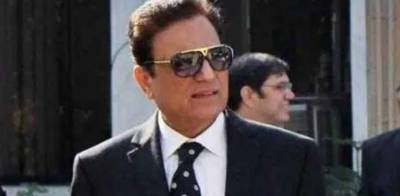 Prominent lawyer Naeem Bukhari Reportedly rejects big offer made by PM Imran Khan