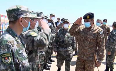 Chinese Military Doctors team arrive in Pakistan to fight novel coronavirus