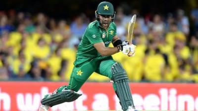 Former Pakistani cricketer reveals how Umer Akmal made him do match fixing in ODI match?
