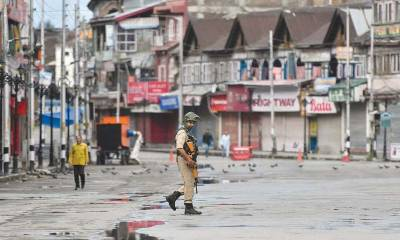 Massive anti India clashes erupt in Occupied Kashmir against killing of top Mujahideen commander