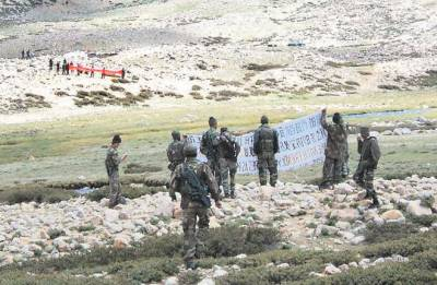Chinese and Indian Militaries standoff escalates at the Laddakh border