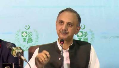 Omar Ayub expresses concern over fuel shortage; forms body to identify balck marketers