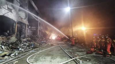 Gas tanker explosion in China kills 19