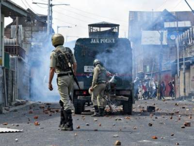After thrashing from Chinese Military, Indian Army vents out frustration over innocent Kashmiris in IOK