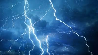 Lightning kills over 100 in India