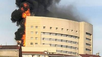 7 killed in hospital fire in Egypt