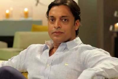 Shoaib wants Pakistan to showcase the 90s brand of cricket