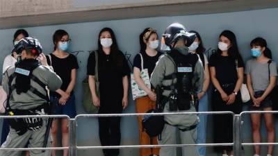 China slams UK over citizenship offer to Hong Kong's resident