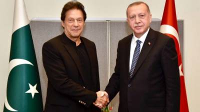 Pakistan stands by Turkey against FETO threat: PM July 15, 2020