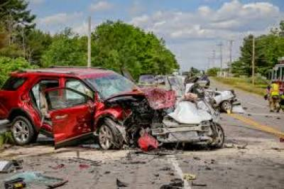 Six killed, 12 injured in car-van collision Aug 04, 2020
