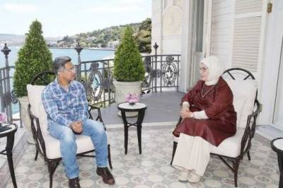 Aamir Khan branded 'traitor' after meeting with Turkish First Lady August 18, 2020